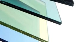 Vetro basso emissivo, doppi vetri o triplivetri per isolare